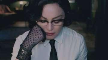 Мадона отправи послание срещу носенето на оръжия с новата си песен