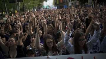 Десетки хиляди участваха във феминистка демонстрация в Мадрид