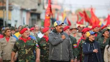 Кризата във Венецуела: Засилва се натискът над управлението на Мадуро