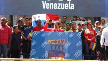 Задържаха за няколко часа журналисти, взели интервю от Мадуро
