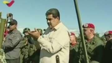 Мащабни военни учения във Венецуела