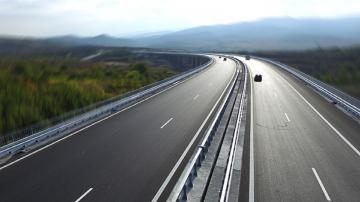 БСП иска ЕК и ОЛАФ да проверят качеството на магистралите