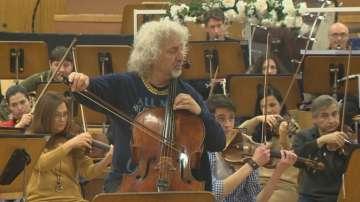 Миша Майски пред БНТ:  Великите музиканти общуват с публиката чрез емоцията