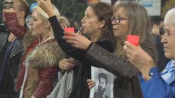 Майките на деца с увреждания излязоха на протест с факли и свещи