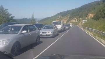 Интензивен беше трафикът по границата с Гърция