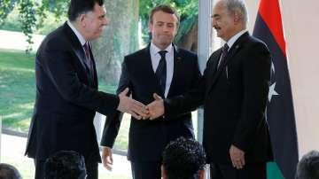 Макрон посредничи за мира в Либия