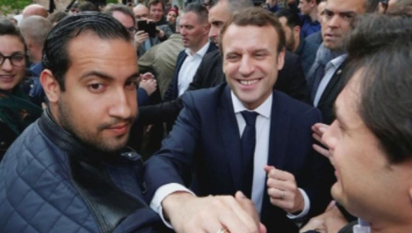 Френският президент уволни сътрудника си по сигурността Александър Бенала, който