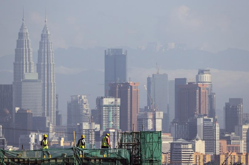 Малайзия изпрати обратно 150 контейнера с пластмасови отпадъци в 13