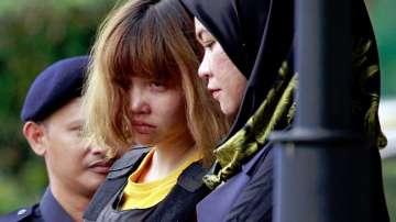 Малайзия повдигна обвинения на две жени за убийството на Ким Чен-нам
