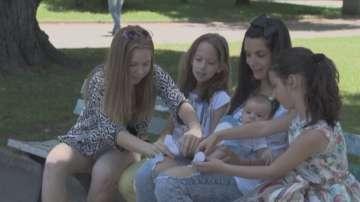 Малките репортери на БНТ разпитаха как се гледа бебе