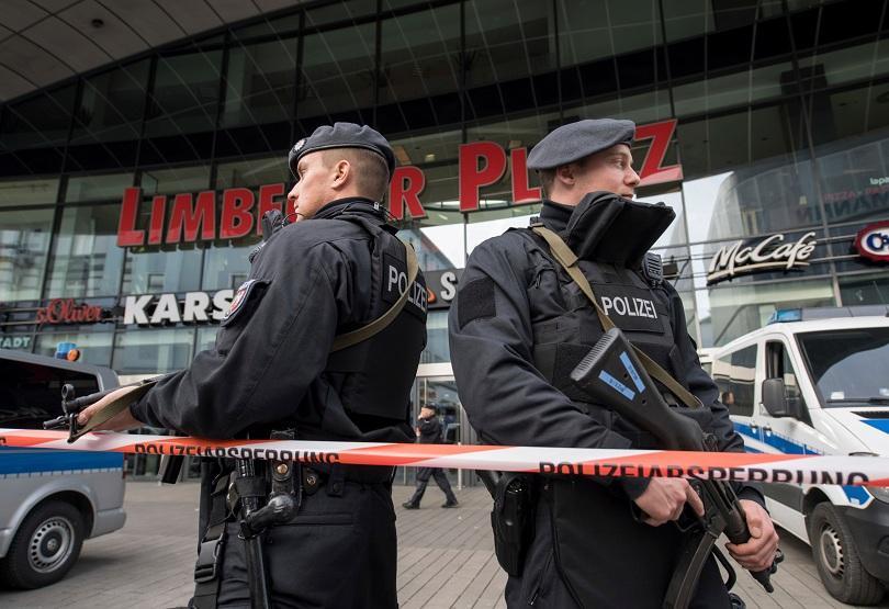 външни служби предупредили терористичната заплаха германския мол