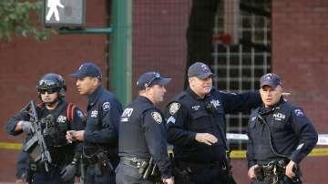 Нападение с автомобил и стрелба в Манхатън - има загинали и ранени (СНИМКИ)