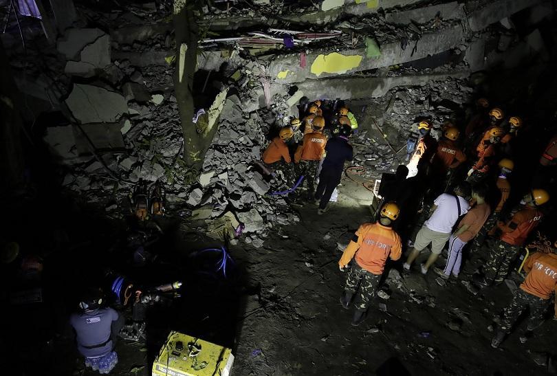 Снимка: 8 жертви след земетресение във Филипините