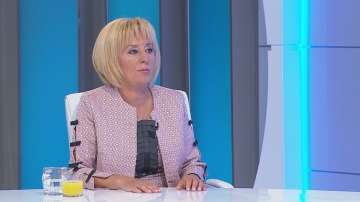 Обмудсманът Мая Манолова в защита на бедните длъжници