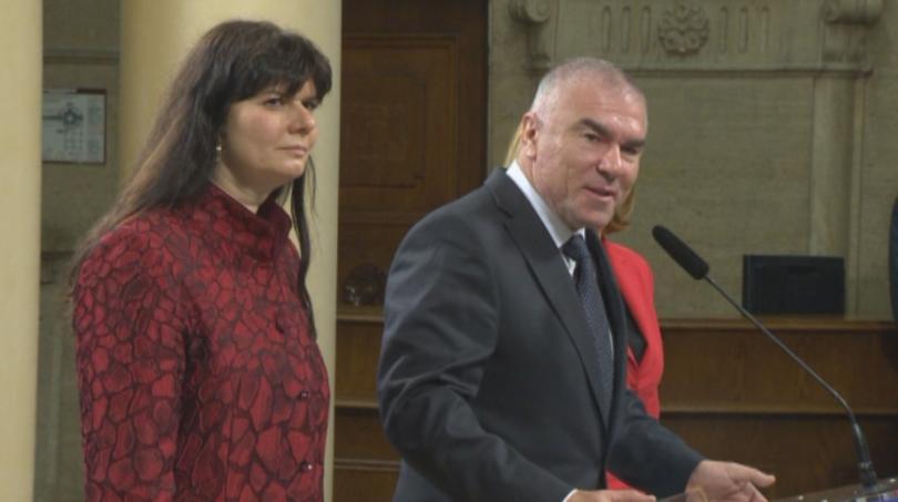 Веселин Марешки се отказва от имунитета си