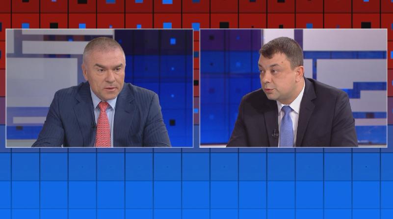 Ние сме за оставката на Валери Симеонов, от една страна,