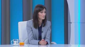 Мария Габриел: До юли големите платформи ще приемат кодекс срещу дезинформацията