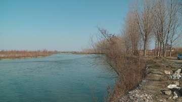 Изградиха защитна стена на р. Марица край с. Триводици