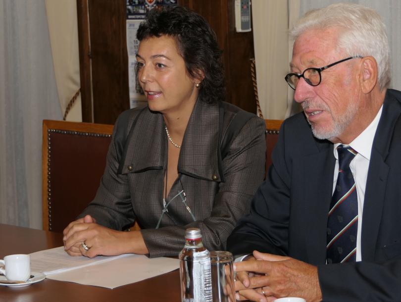 снимка 3 Младен Маринов се срещна с почетния ни консул в провинция Хесен