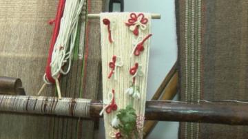 Месец преди Баба Марта - в Етъра организират конкурс за мартеници от гайтан