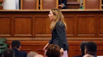 НС избра Марияна Николова за вицепремиер на мястото на Валери Симеонов