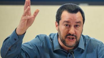 Салвини поиска предсрочни избори в Италия