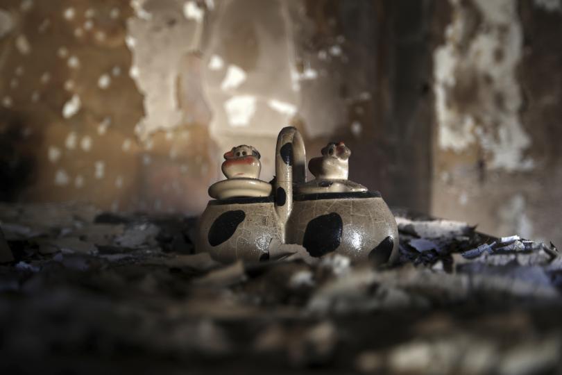 снимка 10 Трагедията отблизо: Под руините на опустошения град Мати (СНИМКИ)