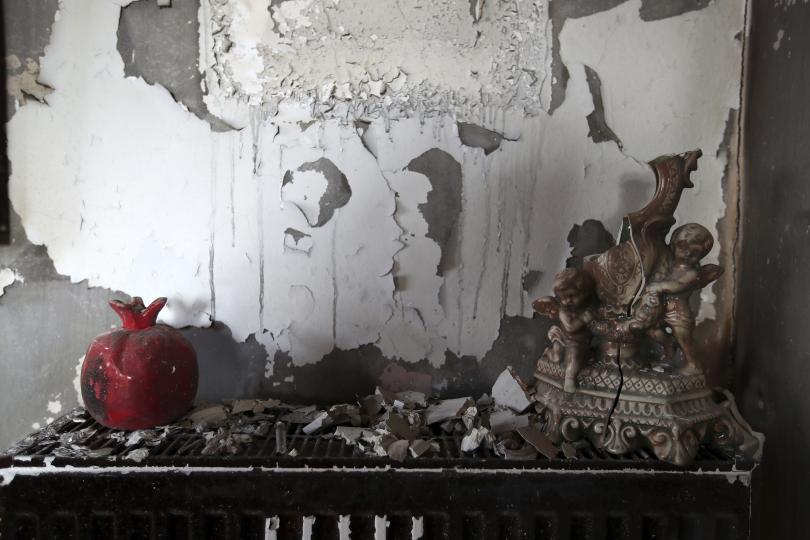снимка 14 Трагедията отблизо: Под руините на опустошения град Мати (СНИМКИ)