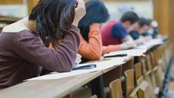 Родители настояват за промени в миниматурите по математика