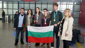 Български ученици с 4 медала от Менделеевата олимпиада по химия