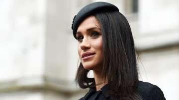 Бащата на Меган Маркъл я обвини в непочтено отношение към монархията