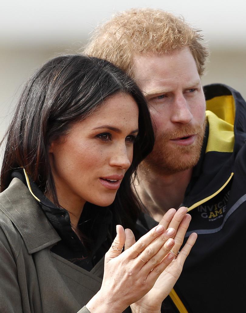 снимка 1 Принц Чарлз ще отведе Меган Маркъл до олтара