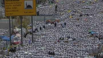2 милиона поклонници се стекоха в Мека