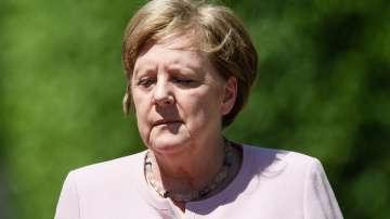 Притеснения за здравето на Меркел при срещата ѝ с украинския президент