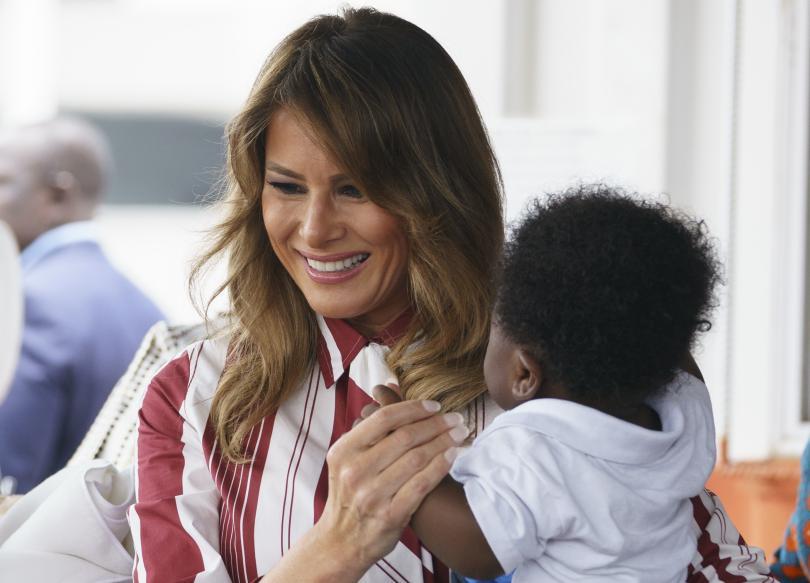 Първата дама на САЩ Мелания Тръмп бе в Гана по