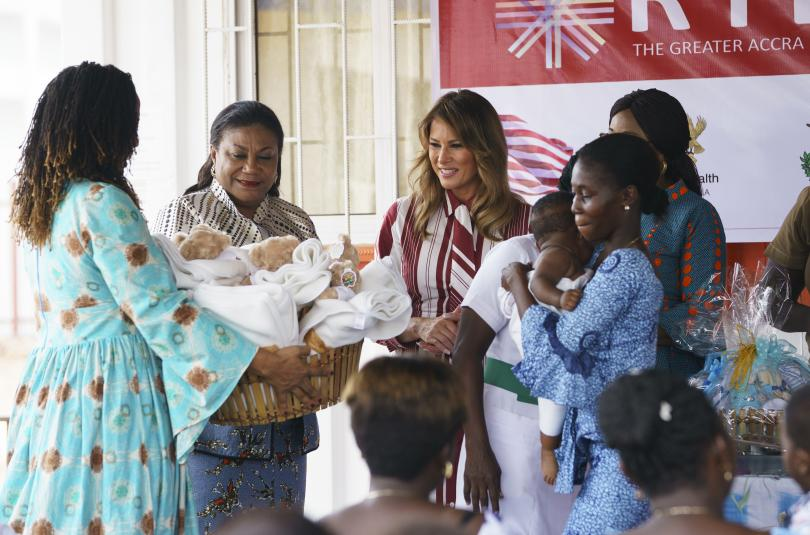 снимка 2 Мелания Тръмп е на първо самостоятелно посещение в чужбина