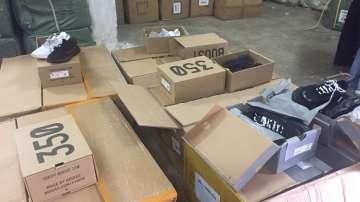 Митничари задържаха фалшиви стоки от Китай за над 4 млн. лв