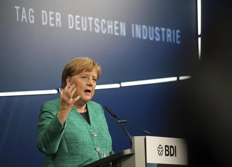 Според германския канцлер Ангела Меркел Великобритания все още не е