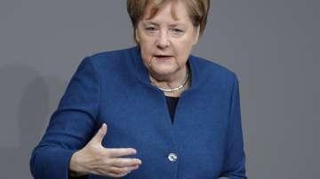 Ангела Меркел: Глобални проблеми се решават с международни средства