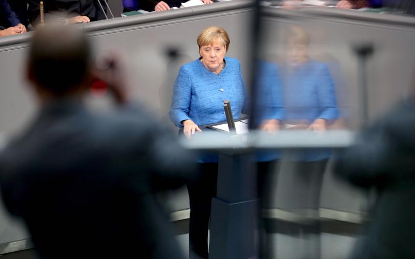 мицотакис меркел обсъдиха имиграционния въпрос телефонен разговор