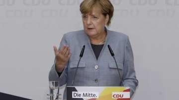 Меркел обяви, че ще води преговори за коалиция с три партии