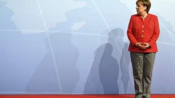Меркел определи като неприемливи съпътстваните от насилие протести срещу Г-20
