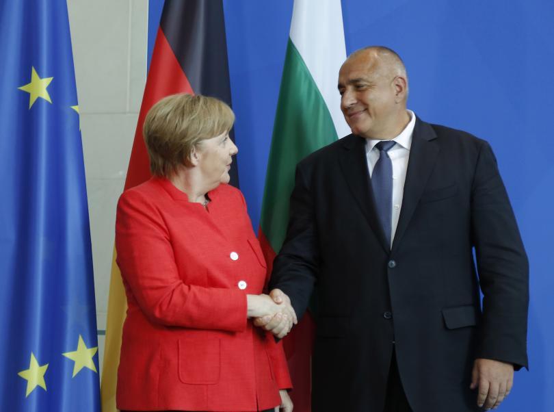 В Скопие: Меркел подчерта ролята на България и Борисов за пробива на Балканите