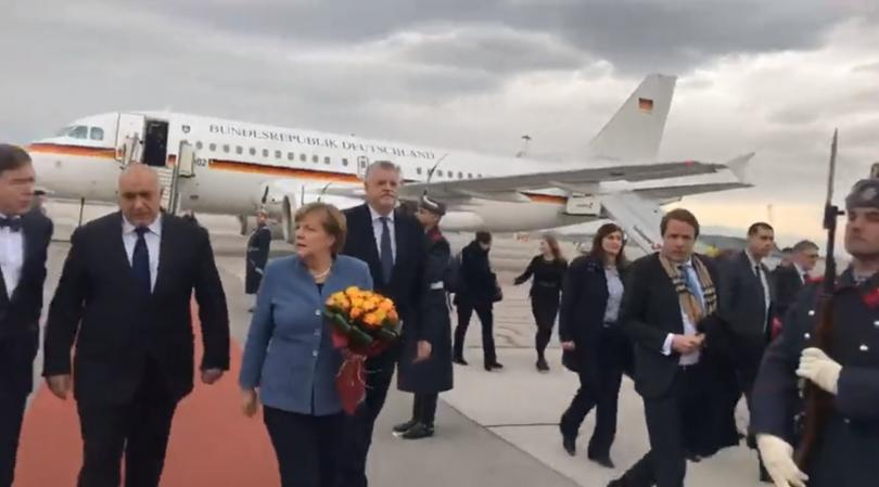 Визита с ключови за страната ни послания на германския канцлер