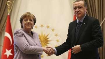 Меркел призова за свобода на изразяването в Турция