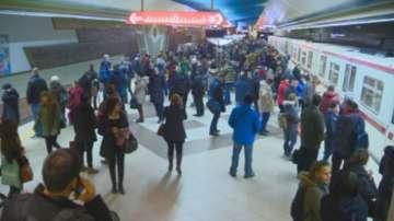 Повредена мотриса спря софийското метро в час пик