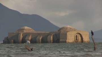 Църква от 16 век изплува в Мексико