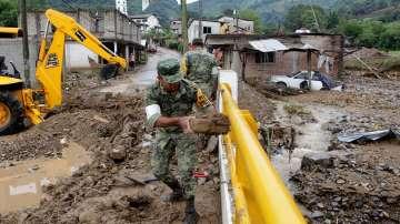Мексико се готви за тропическата буря Хавиер