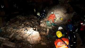 Над 60 са жертвите на земетресението в Мексико