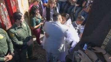 Емоционален ден на границата между САЩ и Мексико